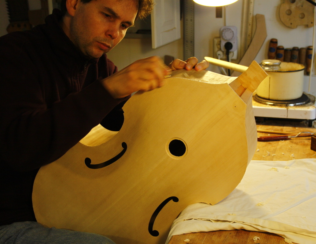 viol making